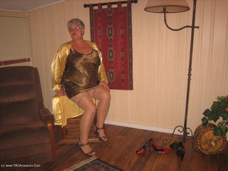 Girdle Goddess - Leopard Print  Gold Picture Gallery