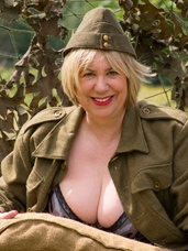 Special forces speedy  manning the mach Hi Guys, what better way to start the New Year but with a set of Pics of me as Special Forces Speedy in a Retro Role  Ma. Cougar, milf, bbw/curvy, big tits, united kingdom, exhibitionist, flashing