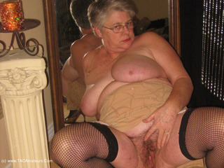 Girdle Goddess - Seduction Picture Gallery