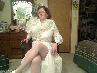 Misha MILF - Blushing Bride Picture Gallery