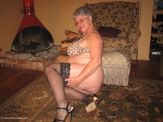 Girdle Goddess - Seduced By The Mother In Law Video