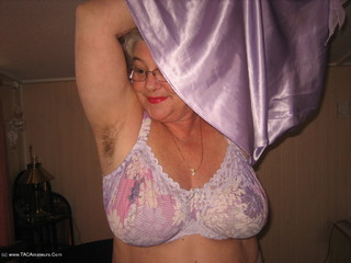 Girdle Goddess - Mauve Mama Picture Gallery