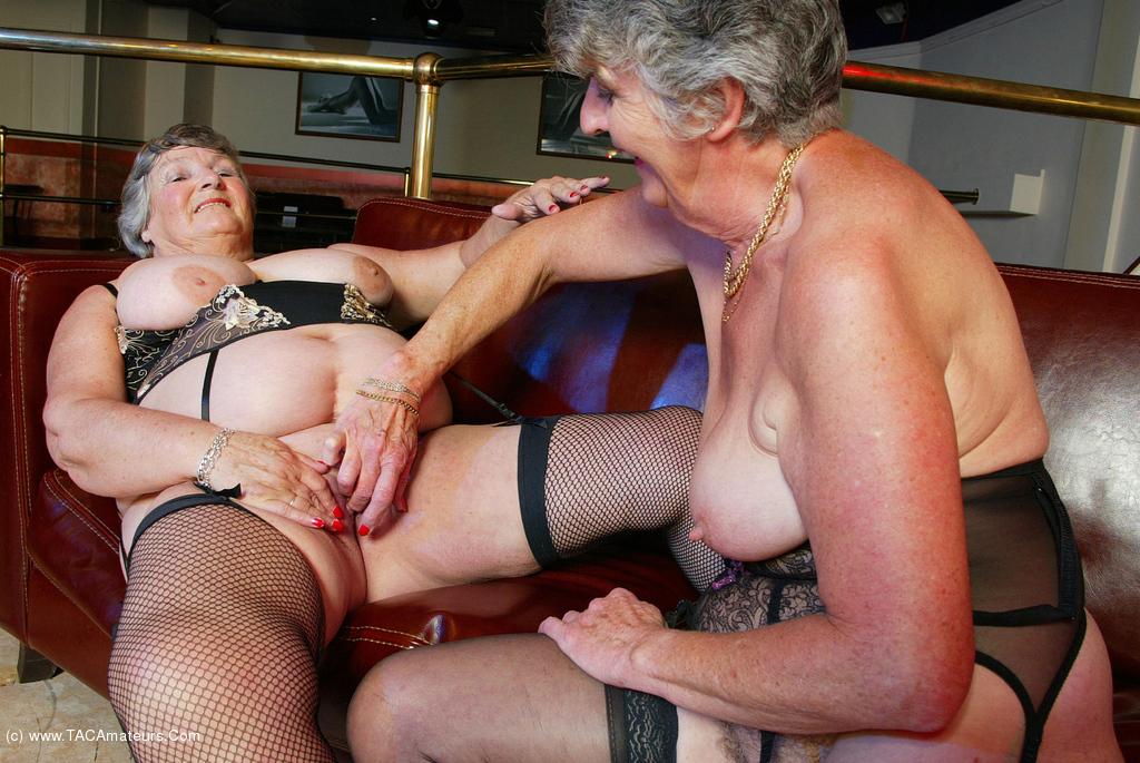 Granny Steph Porn - grandmalibby - Libby & Steph Pt1 Free Pic 3