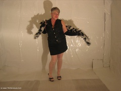 GirdleGoddess - Black & White Boa Gallery