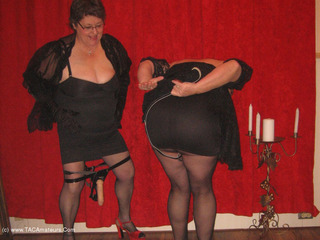 GirdleGoddess - Girdle Goddess & Mistress Sue