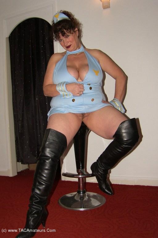 Milf hostess