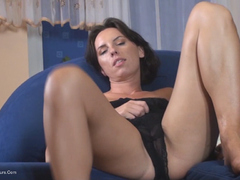 KellyBald - Closer and Closer to my pussy HD Video
