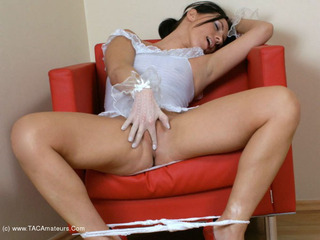 Kelly Bald - Wicked In White Picture Gallery