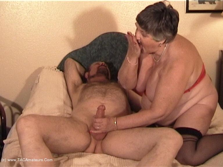 GrandmaLibby - Grandma Meets & Fucks Rob Pt3 scene 0