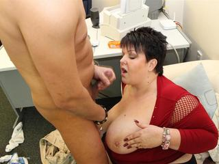 Double Dee - Dee Cock Sucking Whore Pt2 HD Video