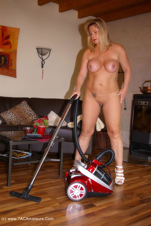 housework-naked-videos