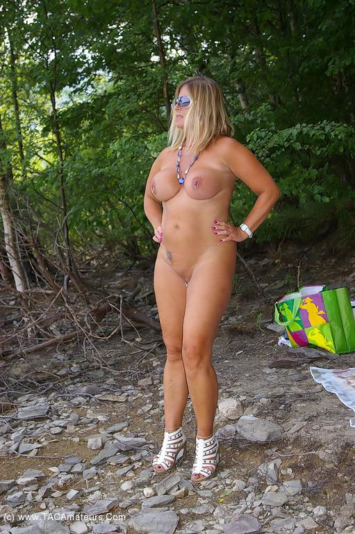 girlfriend sex revenge nudes