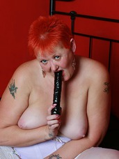 Toy fun Never wanting to miss an opportunity to have some lusty fun with my black dildo, I get stuck in on a photo shoot.. Sex toys, united kingdom, bbw/curvy, milf, mature