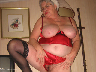 Girdle Goddess - Mrs Claus Picture Gallery