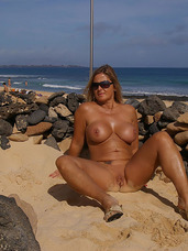 Nude in the canaries I like to go on holidays. I always try to be nude then whenever it's possible. The canaries are the ideal location to do. Cougar, milf, big tits, united states, exhibitionist, flashing, bikini