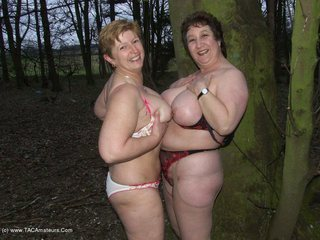 Kinky Carol - Walk in the woods Picture Gallery