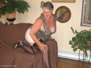 Girdle Goddess - New Leopard Print Dress Pt1 Video