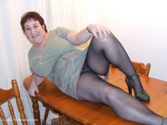 KinkyCarol - Tights On The Table Photo Album