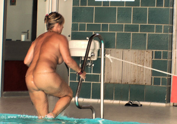 NudeChrissy - Nude In The Public Pool Pt4 scene 1