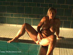 NudeChrissy - Nude In The Public Pool Pt5 HD Video