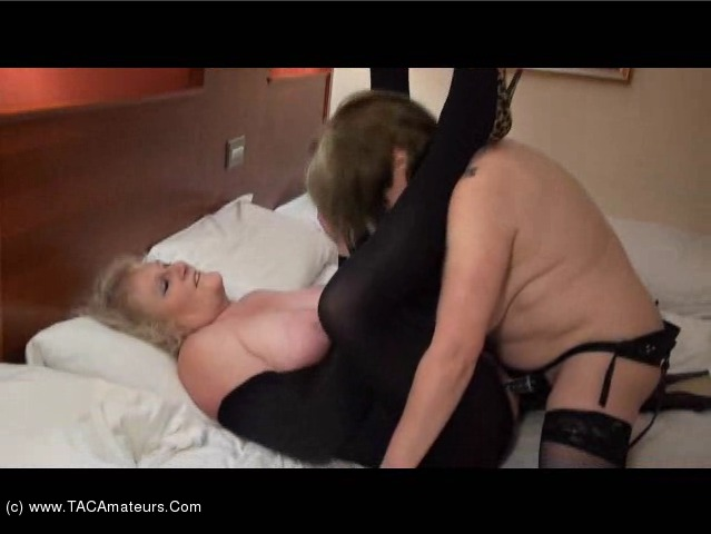 SpeedyBee - Strap On Fun with Claire scene 1