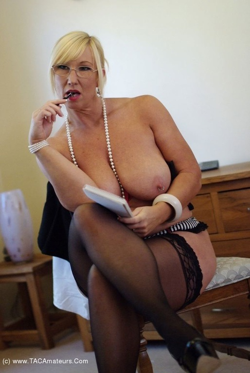 Mature milf secretary have advised