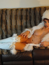 Festive fun Pictures of Mother Xmas Email me if you would like a Xmas present.. Cougar, milf, united kingdom, mature, high heels, stockings, feet/shoes, blow jobs, pussy licking, sex toys, lingerie, boots, legs