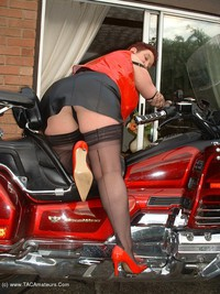 kinkycarol - The Big Vibraty Thing Free Pic 2