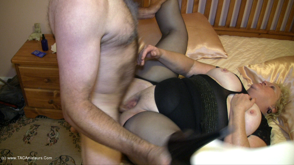 Fanny - Fun With Joe Pt3 scene 3
