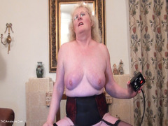 ClaireKnight - Riding The Sybian HD Video