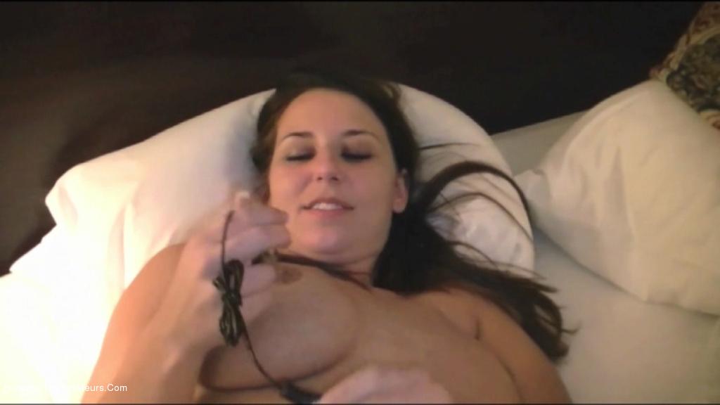 Lexxxi - Masturbation in Chicago scene 3
