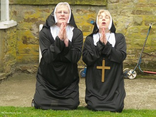 Claire Knight - Nuns On The Run Picture Gallery