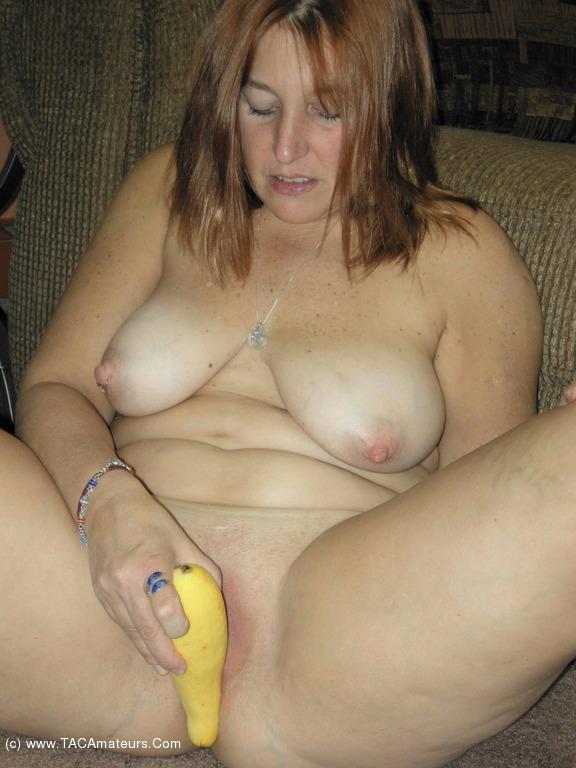 Lady leg mature open