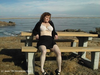 Misha MILF - Willow Creek Picture Gallery