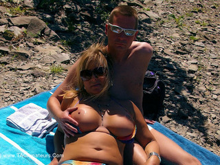 Nude Chrissy - Daytrip To The Lake HD Video