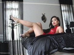 AmykaLee - Lady In Red Photo Album