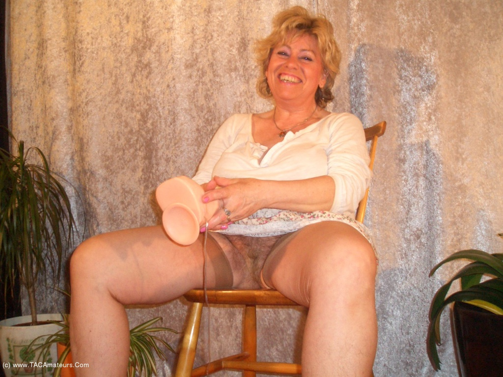 Horny amateurs ride dildos 8