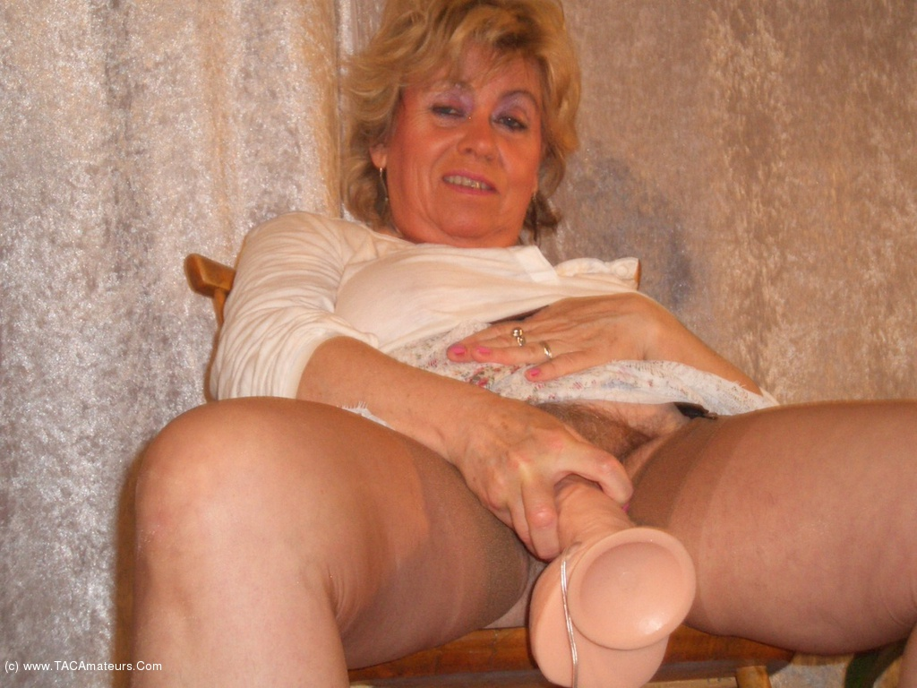 British milf likes big dildos