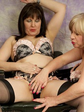 Matching underwear Hi Guys when me and my Friend Morgan Robinson got together for a hot photo shoot we decided as we both had the same unde. Cougar, mature, milf, bbw/curvy, big tits, united kingdom, lingerie, high heels, legs, stockings, feet/shoes, transexual, lesbian sex, pussy licking