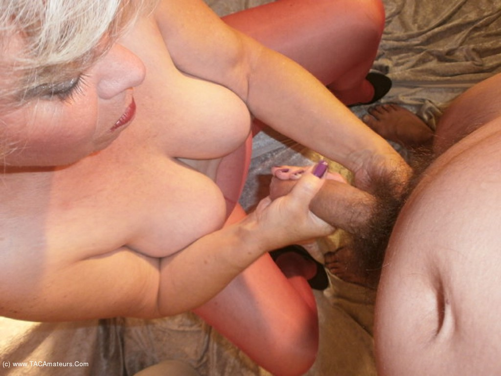 mature woman fucking boy