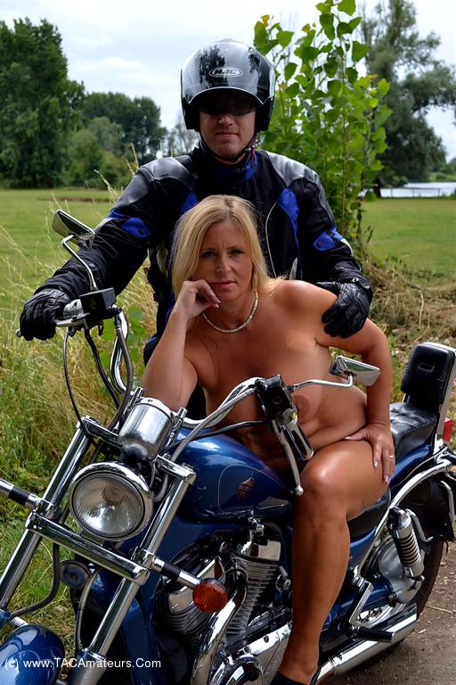 Nude girl desi-6212