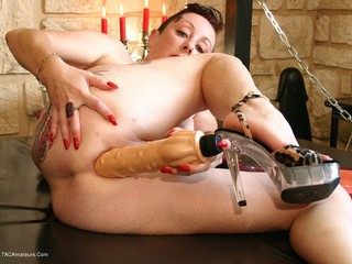 Mary Bitch - Anal Dildos Picture Gallery
