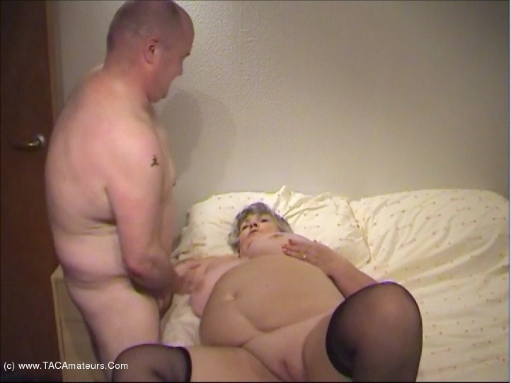 GrandmaLibby - The Decorator Pt5 scene 1