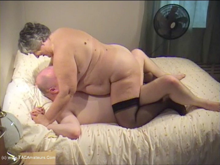 GrandmaLibby - The Decorator Pt5 scene 2