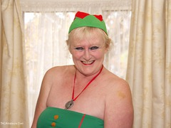ClaireKnight - Santa's Little Helper Photo Album