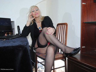 Dimonty - Naughty Secretary Picture Gallery