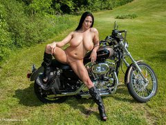 Isis - Shows & Bikes Gallery