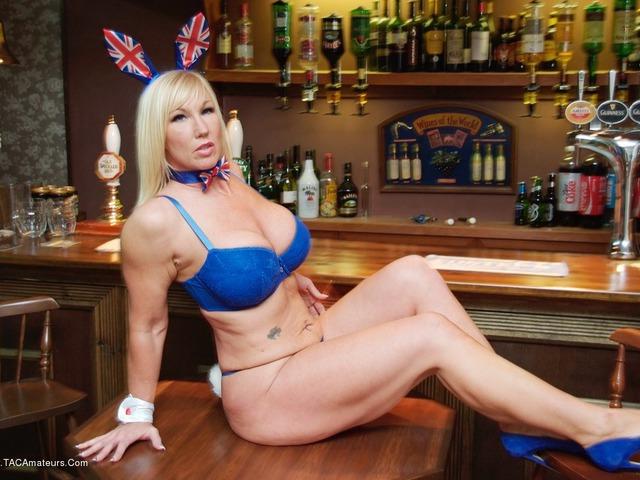 Melody - Brit Bunny Bar