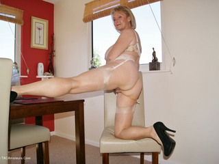 Sugarbabe - Stripping Picture Gallery