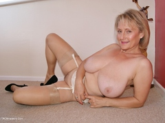 Sugarbabe - Stripping HD Video